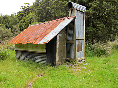 Garden Gully hut